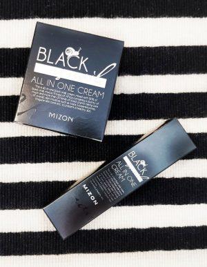 Black Snail All In One Cream pakkaukset